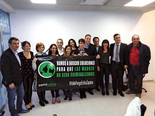 """Promotores del """"autocultivo"""" de marihuana, entre ellos, Luis Osler, abogado de la revista pro-narco THC"""